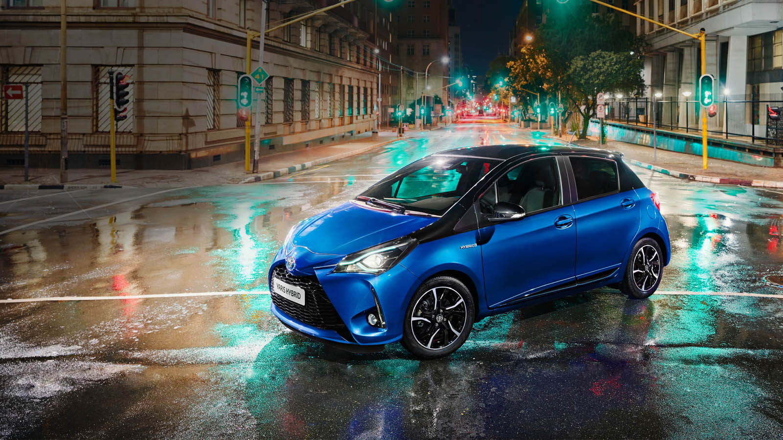 new toyota yaris 2017 available to order toyota ireland cogans. Black Bedroom Furniture Sets. Home Design Ideas