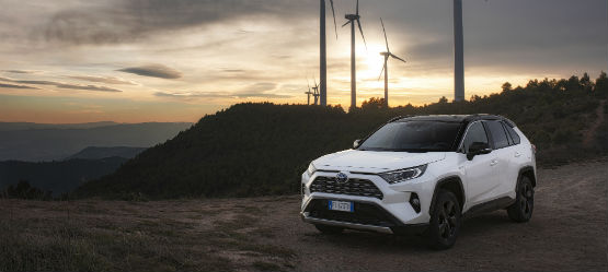 Razones para comprar un híbrido Toyota