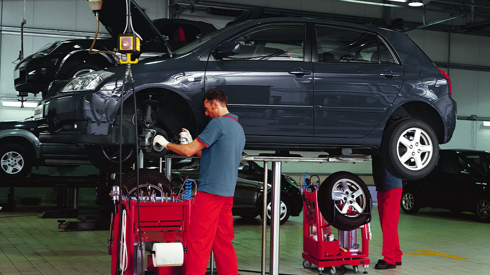 Servicios De Mantenimiento Y Reparaci 243 N Toyota Espa 241 A