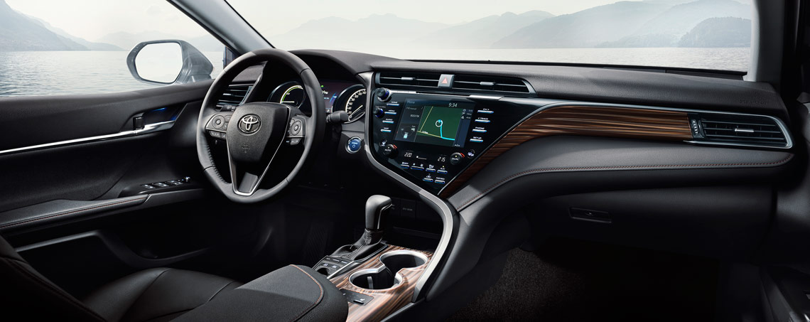 Toyota Camry Interior >> Toyota Camry Hybrid Luxury Sedan
